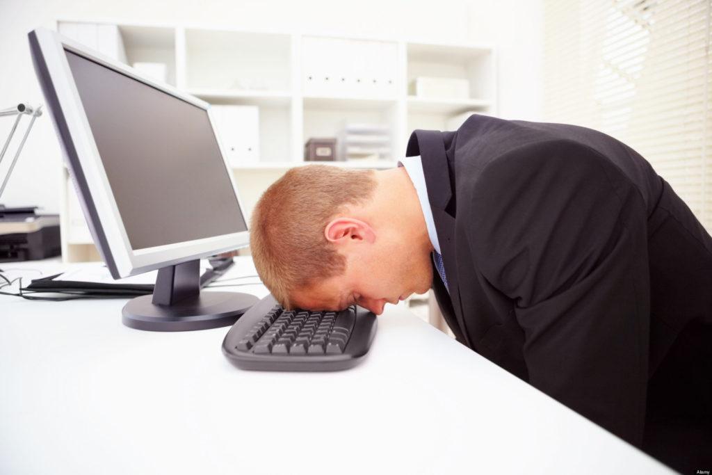 Por-qué-es-importante-realizar-descansos-en-el-trabajo