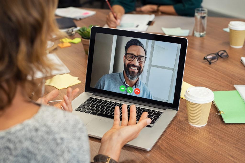 9-Tips-para-una-buena-entrevista-por-Videoconferencia